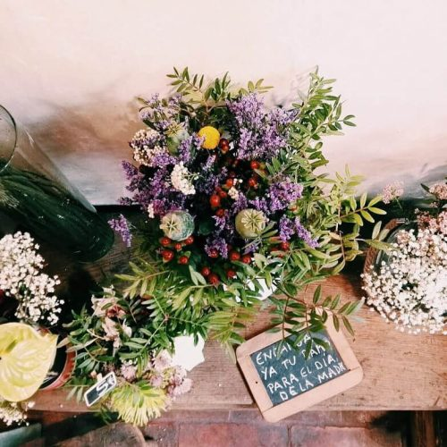 Preciosos ramos de flores de temporada online y tienda Madrid capital