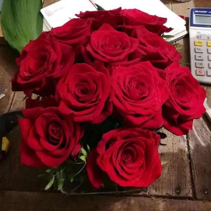 Ramos de flores rosas en Madrid 12 o 24 unidades venta online