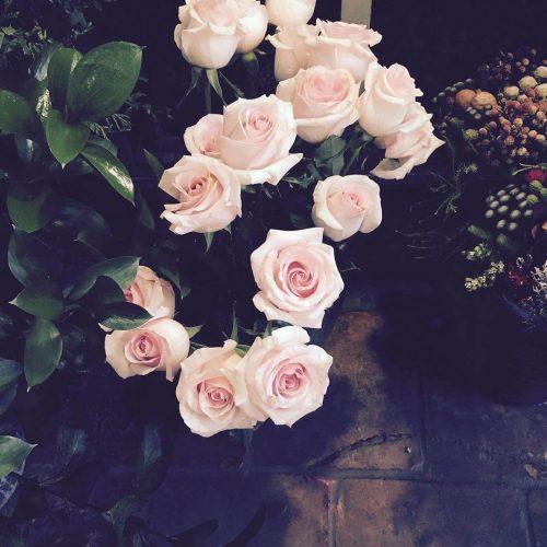 Venta online de ramos de rosas blancas Madrid capital