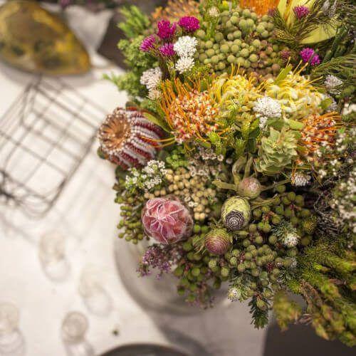 Ramos de flores de tipo verdes africanos