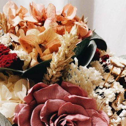 Elaboración de ramos de flores originales y venta online o recogida en tienda Madrid capital