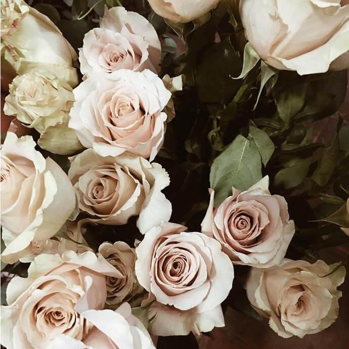 Envío a domicilio de ramos de rosas en Madrid capital