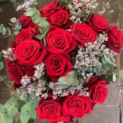 Envío de ramo de rosas rojas a domicilio